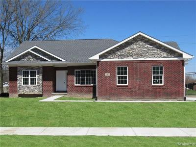 Brownstown Twp Single Family Home For Sale: 26406 Silver Creek Drive