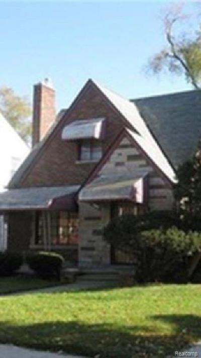 Detroit Single Family Home For Sale: 16800 Pinehurst