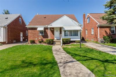 Wayne County, Oakland County, Macomb County Single Family Home For Sale: 17396 Brody Avenue