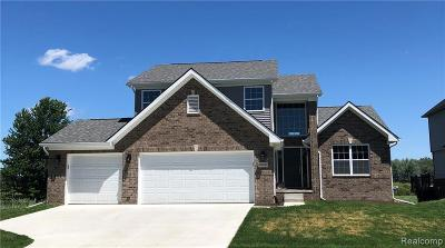 Macomb County, Oakland County Single Family Home For Sale: 55847 Worlington Lane