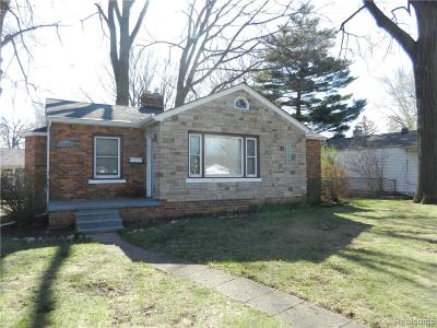 Madison Heights MI Single Family Home For Sale: $129,900