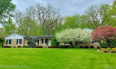 Rochester Hills Single Family Home For Sale: 1337 Shenandoah Drive