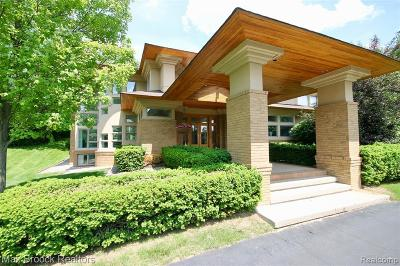 Bloomfield Twp Single Family Home For Sale: 1450 Clarendon Road