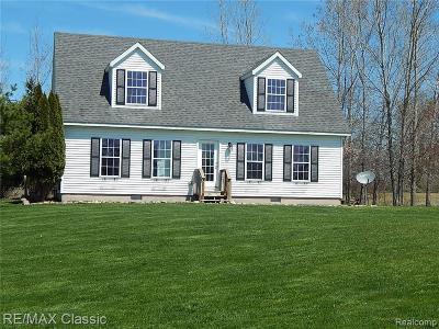 Single Family Home For Sale: 13875 Deer Run Lane