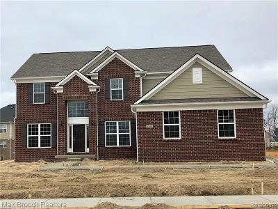 Commerce Twp Single Family Home For Sale: 2919 Montgomery Circle