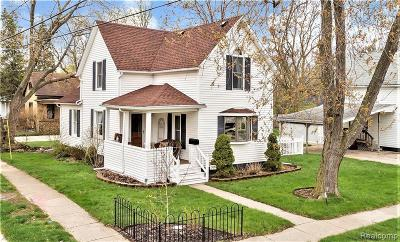 Plymouth Single Family Home For Sale: 303 Maple Street