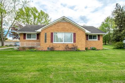 Macomb Twp Single Family Home For Sale: 18500 21 Mile Road