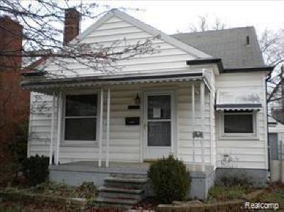 Eastpointe Single Family Home For Sale: 22146 Beechwood Avenue