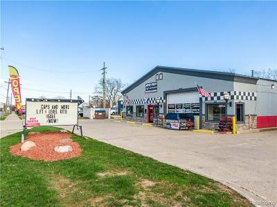Waterford Twp Commercial For Sale: 3059 Dixie Highway