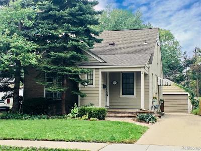 Royal Oak Single Family Home For Sale: 907 N Rembrandt Avenue