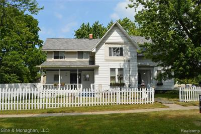 Multi Family Home Contingent - Continue To Show: 215 Saint Clair River Dr