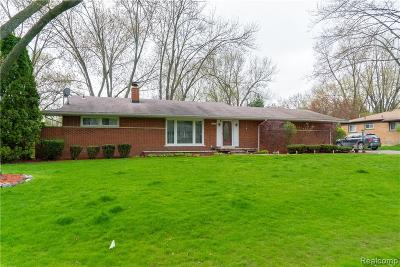 Farmington Hills Single Family Home For Sale: 28265 Green Willow Street