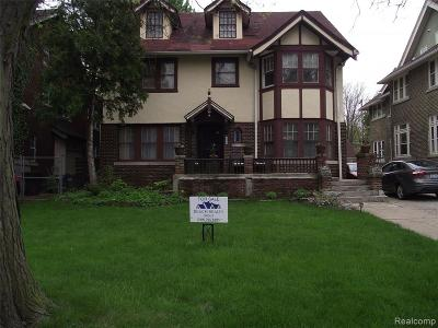 Detroit Single Family Home For Sale: 1475 Chicago Boulevard