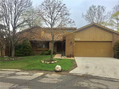 West Bloomfield Twp Condo/Townhouse For Sale: 5321 Isle Royal Court