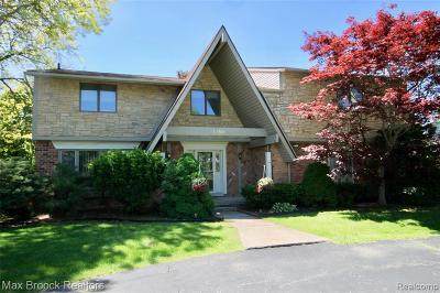 West Bloomfield Twp Single Family Home For Sale: 4189 Pinehurst Drive