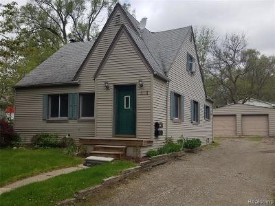 Rochester MI Single Family Home For Sale: $274,900