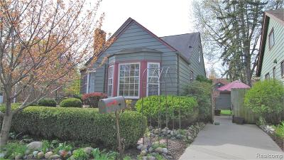 Pleasant Ridge Single Family Home For Sale: 84 Wellesley Drive