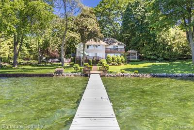 West bloomfield Twp Single Family Home For Sale: 3184 Middlebelt Road