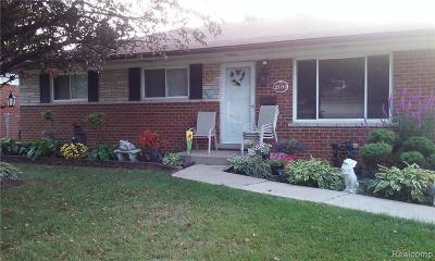 Warren Single Family Home For Sale: 25152 Rubin Road