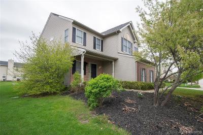 South Lyon Single Family Home For Sale: 1042 Polo Drive