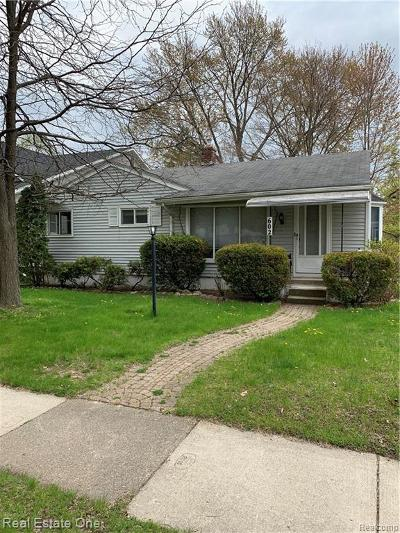 Royal Oak Single Family Home For Sale: 602 N Wilson Avenue