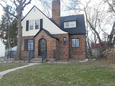 Pontiac Single Family Home For Sale: 55 Mohawk Road