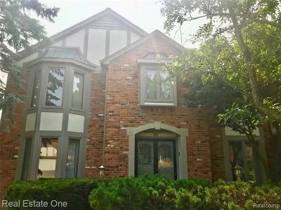 Rochester Hills Single Family Home For Sale: 1860 Jason Circle