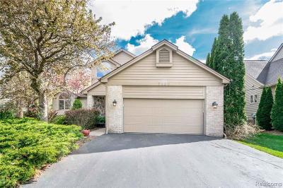 White Lake Single Family Home For Sale: 7120 Capri Drive
