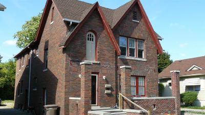 Pontiac Single Family Home For Sale: 61 Waldo Street
