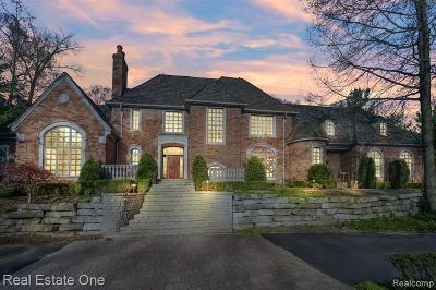 Single Family Home For Sale: 7647 Devins Ridge