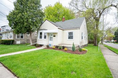 Pontiac Single Family Home For Sale: 47 N Anderson Avenue