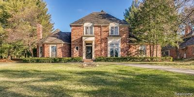 Bloomfield Twp Single Family Home For Sale: 758 Tennyson Downs Court