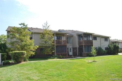 Grosse Ile Twp Condo/Townhouse For Sale: 10193 Nancys Boulevard