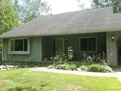 Single Family Home For Sale: 4785 Hickory Lane