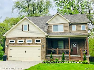 Farmington Hills Single Family Home For Sale: 21657 Mayfield Street