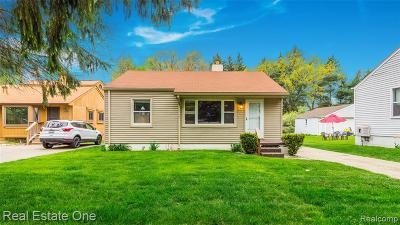 Waterford Twp Single Family Home For Sale: 3486 Watkins Lake Road