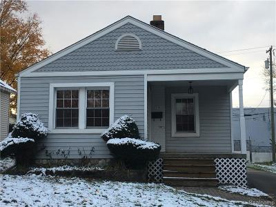 Plymouth MI Single Family Home For Sale: $399,000
