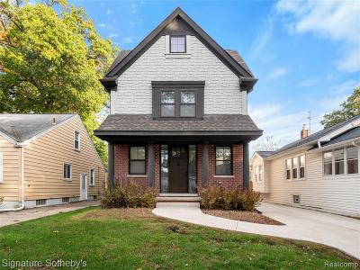 Royal Oak Single Family Home For Sale: 807 Hawthorn Avenue