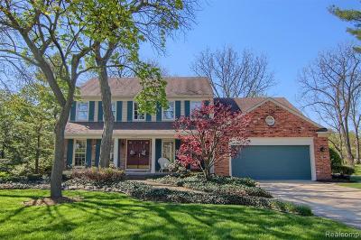 Troy Single Family Home For Sale: 3435 Roxbury Drive