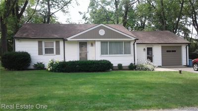 West Bloomfield Twp Single Family Home For Sale: 6685 Edwood Avenue