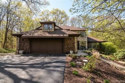 Single Family Home For Sale: 5850 Ramblewood Court