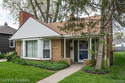 Ferndale Single Family Home For Sale: 139 E Marshall Street