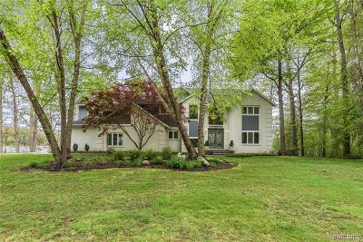 Commerce Twp Single Family Home For Sale: 185 Forest Crest Drive