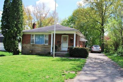 Northville Single Family Home For Sale: 821 Spring Drive