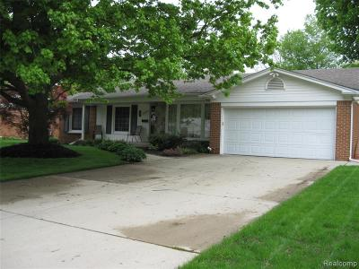 Livonia Single Family Home For Sale: 33220 Myrna Court