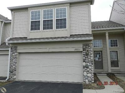 Woodhaven Condo/Townhouse For Sale: 26647 Kirkway Drive