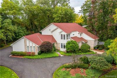 Bloomfield, Bloomfield Hills, Bloomfield Twp, West Bloomfield, West Bloomfield Twp Single Family Home For Sale: 3339 Pine Estates Drive