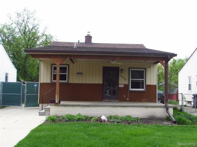 Hazel Park Single Family Home For Sale: 1420 E Madge Avenue