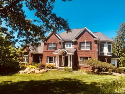 Addison Twp Single Family Home For Sale: 836 Hemlock Drive W