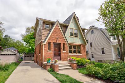 Pleasant Ridge Single Family Home For Sale: 59 Amherst Road